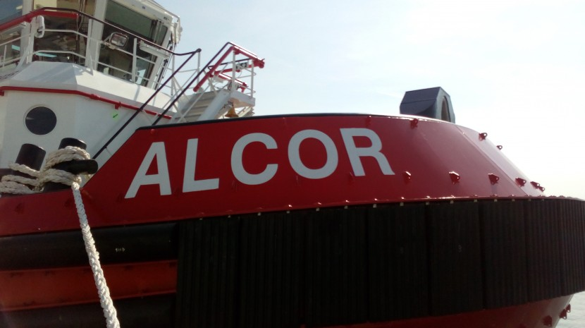 Name giving of a new tugboat ALCOL